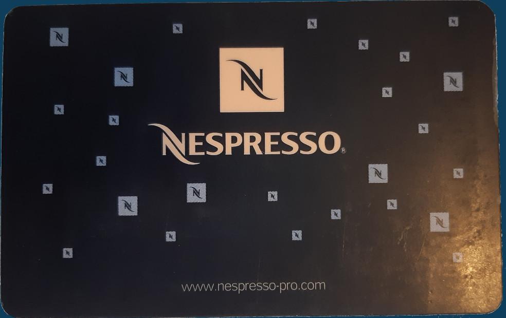 carte nespresso machine à café piratée